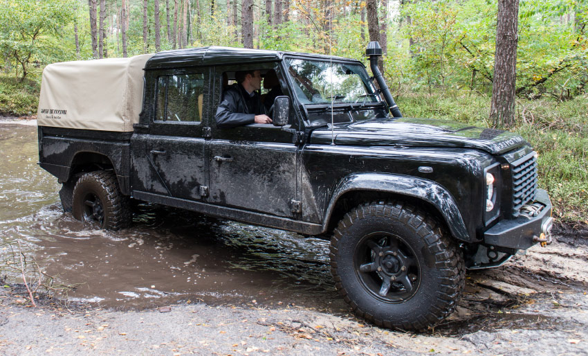 new land rover defender landy launch 2019 2020 working vehicle next generation suv 4x4 off road utlility road test review